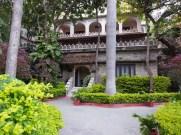 India, Rajasthan, Kumbhalgarh hotel gardens