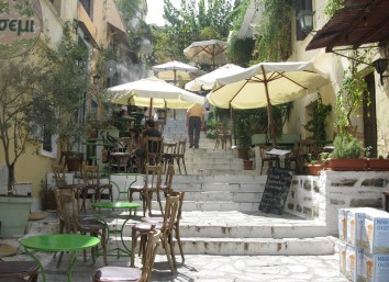 Greece, Athens, Pláka (old town) Photo Tilemahos Efthimiadis