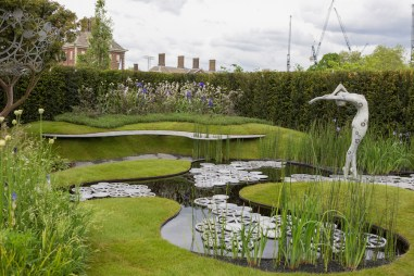 The Imperial Garden ñ Revive. Designed by Tatyana Goltsova. Sponsored by: Imperial Garden. RHS Chelsea Flower Show 2016.