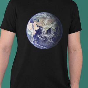 Vesolje Zemlja 1, vesoljke majice