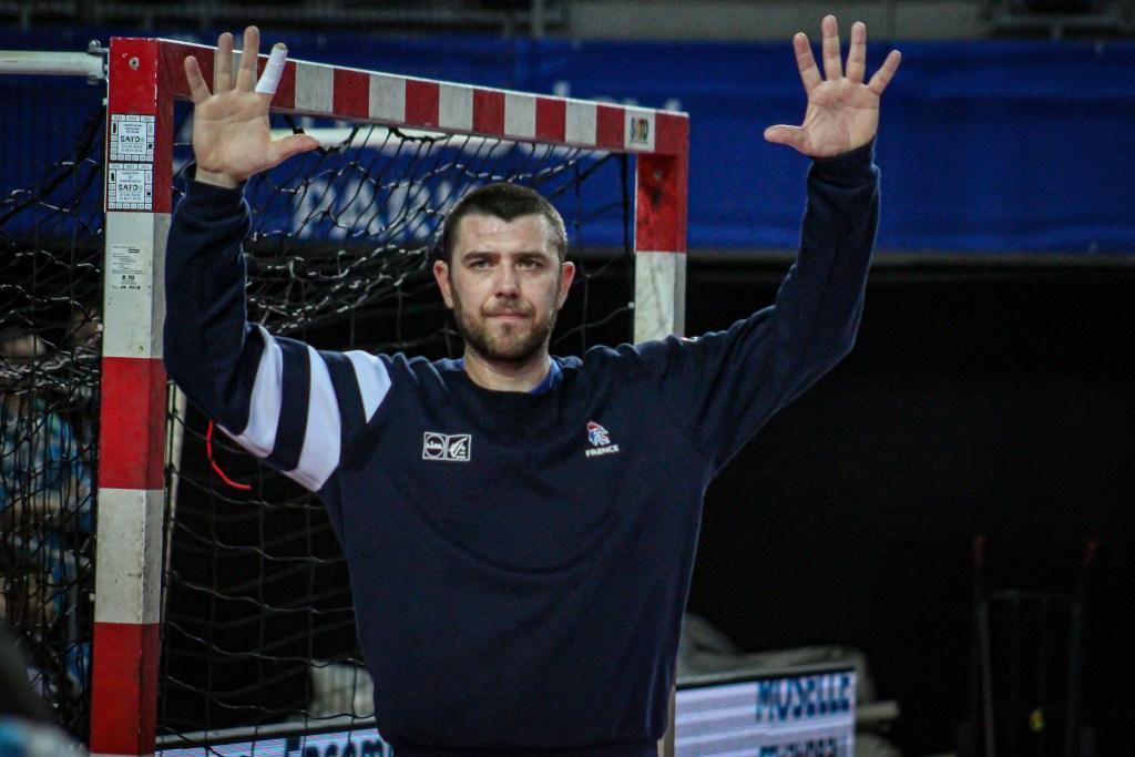 Principes du placement à l'aile pour le gardien de handball