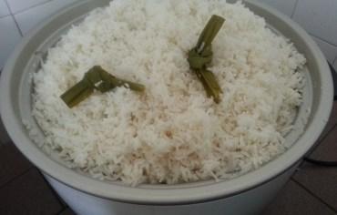 tutorial-cara-masak-nasi-putih-dalam-kuantiti-yang-banyak