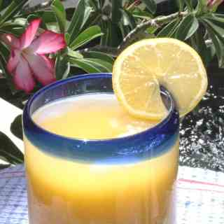 ORANGE JUICE WITH MINCED GARLIC