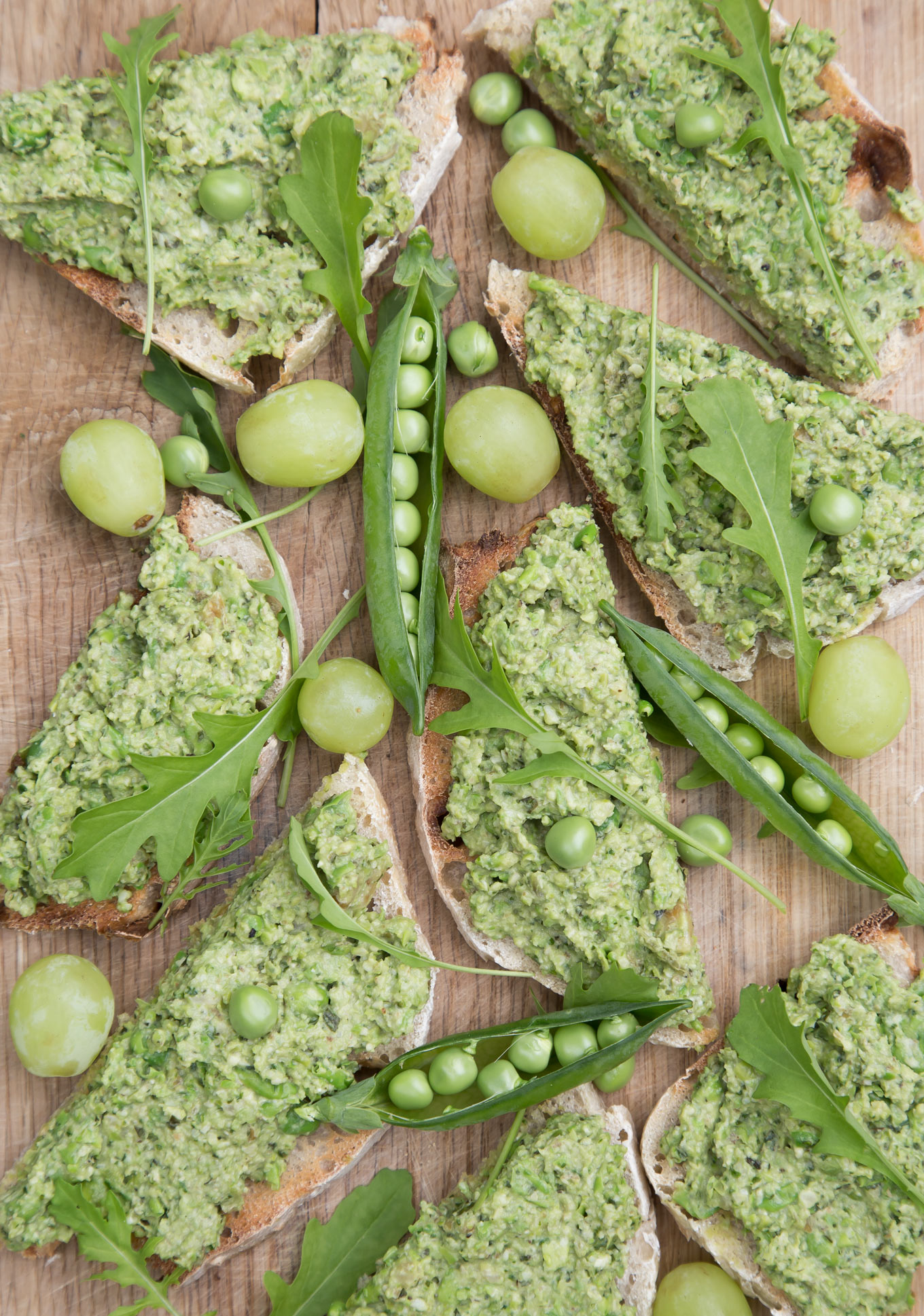 Delicious Fresh Pea Pesto - green and healthy. It takes only 5 minutes to make! It works great as a zingy dip or fresh sauce for pasta.