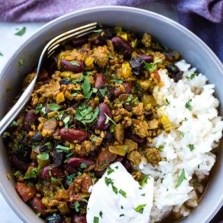 SLOW COOKER CHILLI CON CARNE WITH BEANS AND BLACK GARLIC