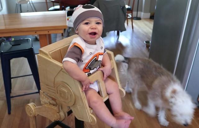 Star Wars: monte uma cadeira de bebê inspirada no AT-ST Walker