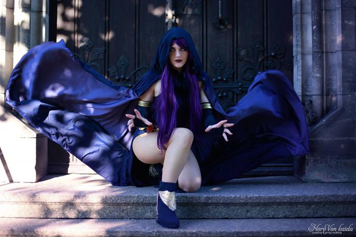 Cosplay: Ravena, de Jovens Titãs