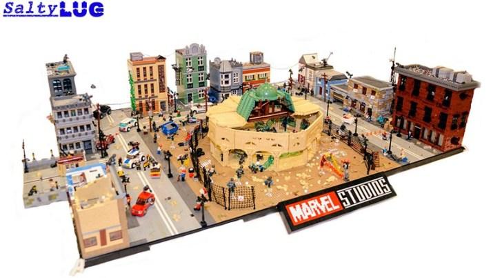 Batalha de Sokovia de Vingadores: Era de Ultron reproduzida em LEGO
