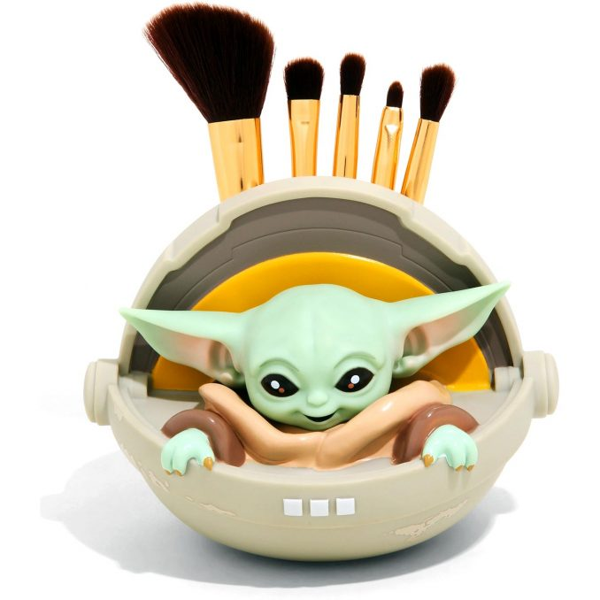The Mandalorian - Loungefly lança kit de pincéis Baby Yoda