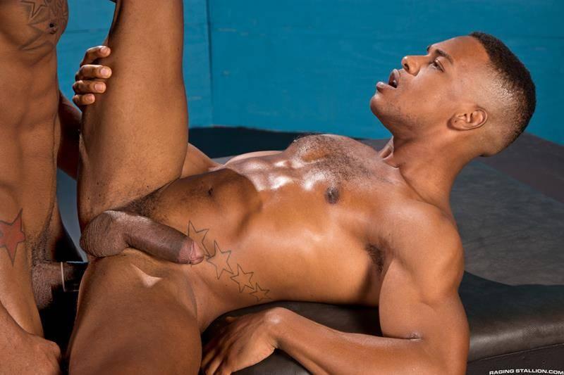 Moreno fazendo sexo