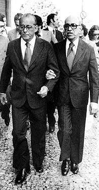 O coronel Figueiredo e Roberto Marinho: ditaduras armada e midiática