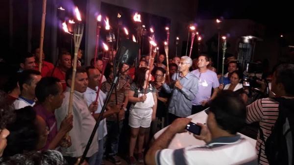 O candidato Dutra em campanha para iluminar um novo caminho para Paço do Lumiar