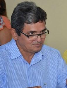 Com cara de sabichão, Filuca Mendes tentou mais uma vez enganar a população de Pinheiro