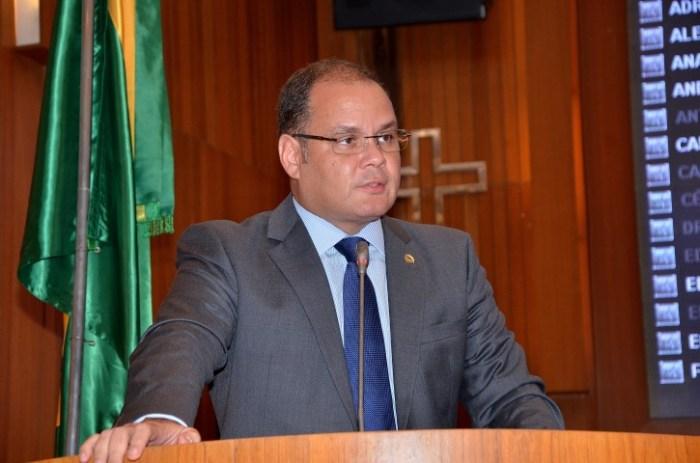 O líder do governo Rogério Cafeteira revela quem é o verdadeiro Eduardo Braide