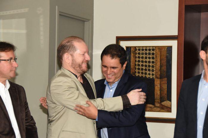 O presidente em exercício da Assembleia recebeu o prefeito Edivaldo e o futuro vice-prefeito, Júlio Pinheiro