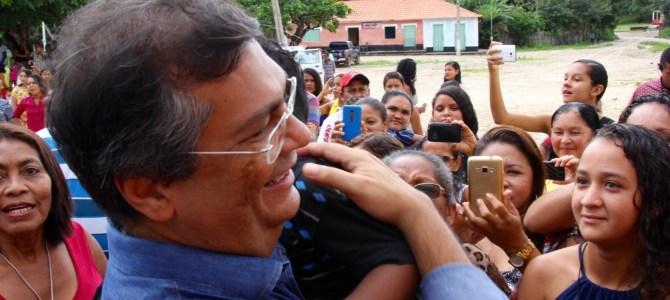 Flávio Dino entrega Iema em Axixá e Centro de Ensino em Icatu