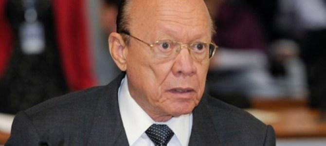 João Alberto transferiu cirurgia para votar a favor de Aécio