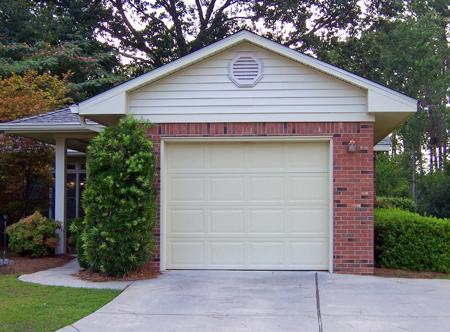 garage selber bauen oder eine fertiggarage im garten integrieren ist heute kein problem garten. Black Bedroom Furniture Sets. Home Design Ideas