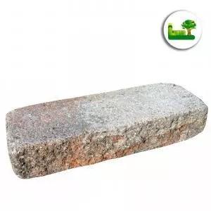Ein einzelner Gala Mauerblockstein in der Farbe Muschelkalk. Einfach unfassbare Struktur und Oberfläche. modern, simple, minimalism, garten leber