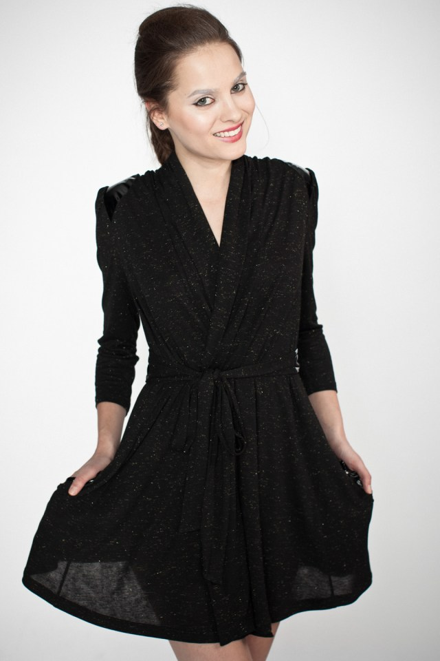 Sparkle_dressing_gown_1