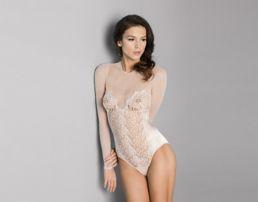 Fleur of England Blush silk body front_edit
