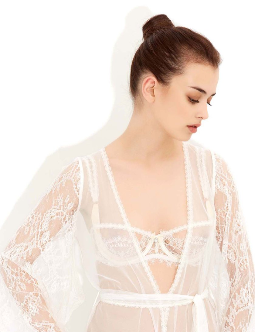 compelling_lace_ivory_nude_short_robe_ss15_detail