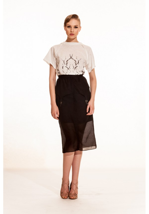Crinkle T-shirt - Inverted Skirt - front-600x860