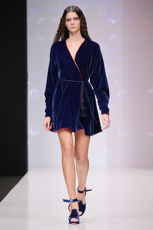 Lingerie as Outerwear. 33я неделя моды Mercedes Benz в будуарных образах