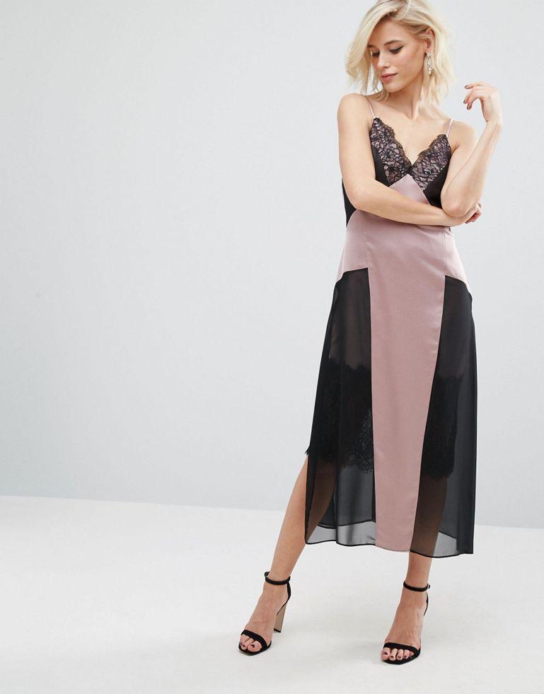 Платье-комбинация с кружевной вставкой River Island Studio, 3 769,22 руб. вместо 5 384,60 руб.