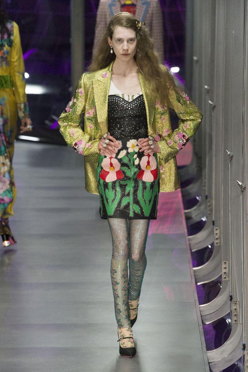 Блестящая нить в колготках // Gucci Autumn-Winter 2017 Ready-to-Wear