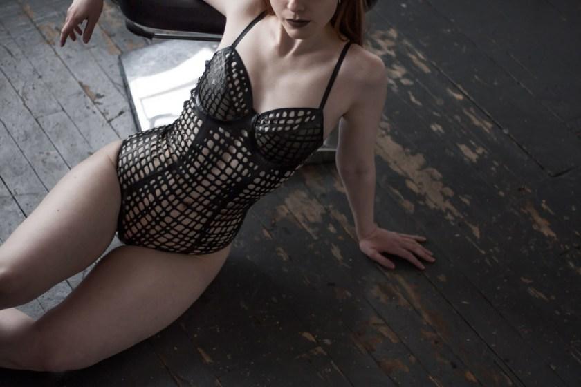 [Будуарный гардероб] Лаура, основательница бельевого блога Morning Madonna. Боди Net от Sasha Louise