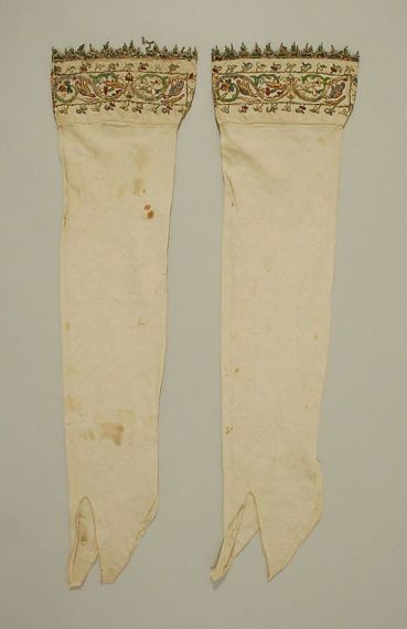6th century, Italian. Linen, silk and metal thread Boothose. Metropolitan Museum