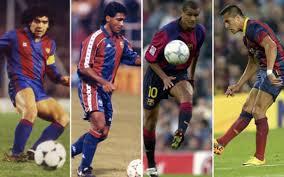 Tentang Bola Pemain Barcelona