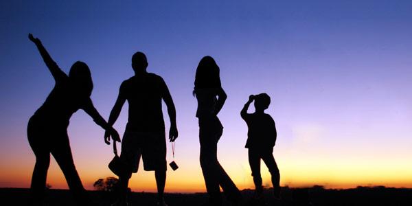 peran penting anggota keluarga