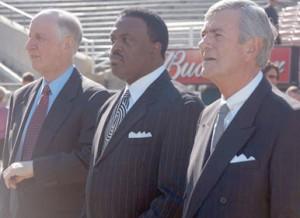 Pastors Jack Hayford, Kenneth Ulmer, Lloyd Ogilvie in Prayer gathering at the Rose Bowl