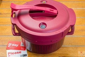 Tupperware® pressure cooker Gary Lum four kilograms