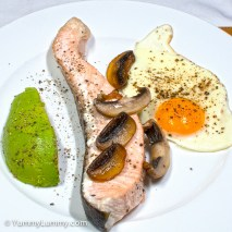 Tuesday2014-02-04 05.58.00AEDT Salmon and egg with avocado for breakfast
