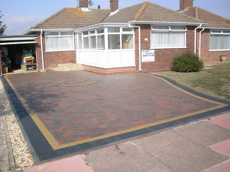 2 Diamond Driveway by Gary Simes in East Sussex