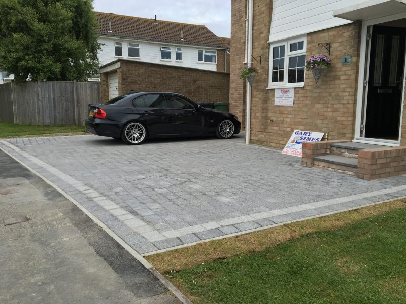 Marshals Argent in in light and dark grey granite driveway by Gary Simes in East Sussex