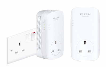 What are the differences in the HomePlug standards