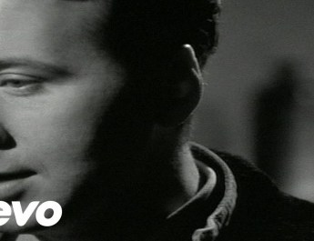"Gas-Tube: Simple Minds, ""Belfast Child"""