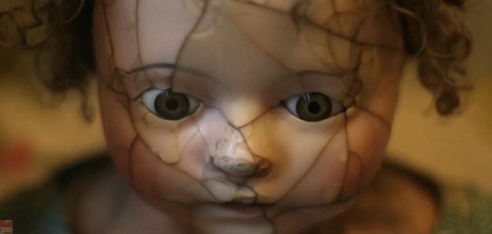 bambola violenza copia
