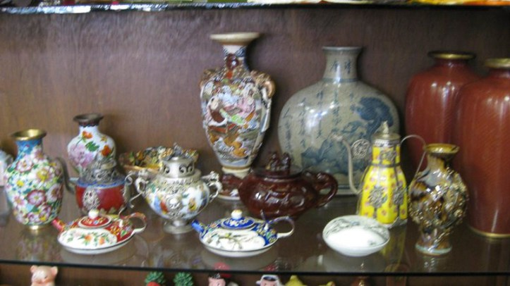 Chinese porcelain and collectibles
