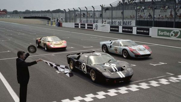 """f8 - """"FORD GT40"""" o matador de Ferraris"""