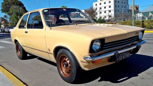 pt - Chevrolet Chevette - 45 anos