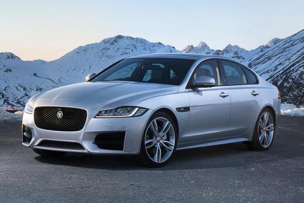 q26 - Os carros da Jaguar