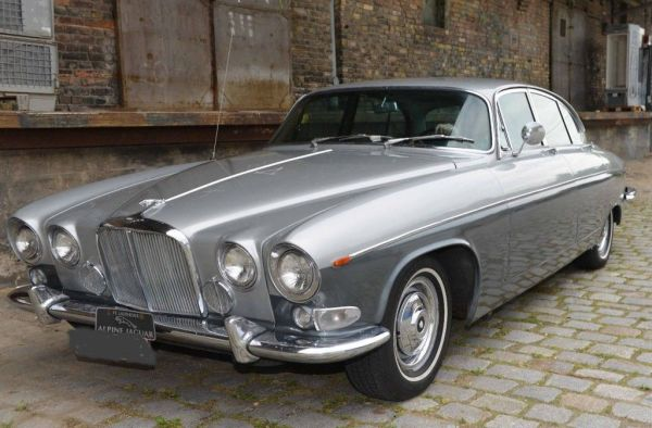 q4 2 - Os carros da Jaguar