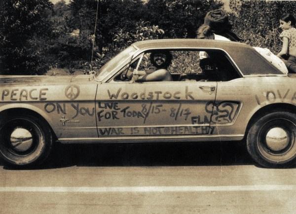 w20 1 - 50 anos do Festival de Woodstock, muito rock, paz, amor e carros.