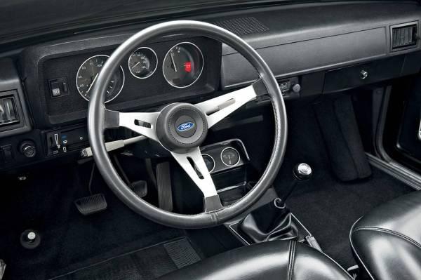 q16 3 - Ford Corcel e Belina