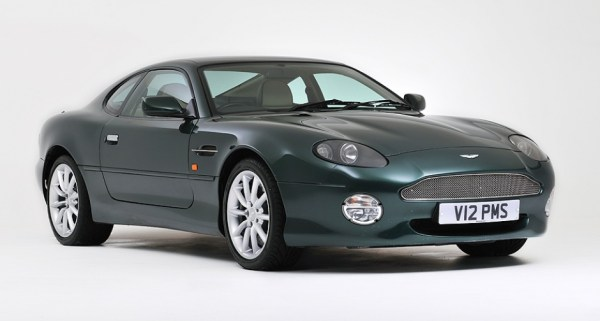 w19 1 - Aston Martin - o puro Inglês